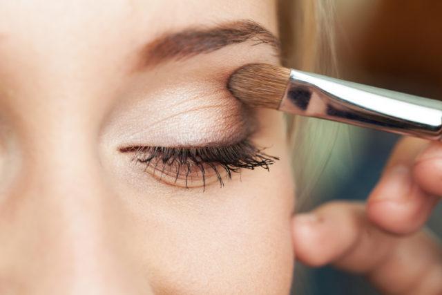 Как наносить тени на глаза: фото поэтапного нанесения, видео — Ухоженная