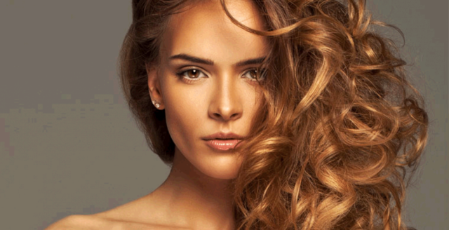 Карамельный цвет волос: 8 оттенков (фото)